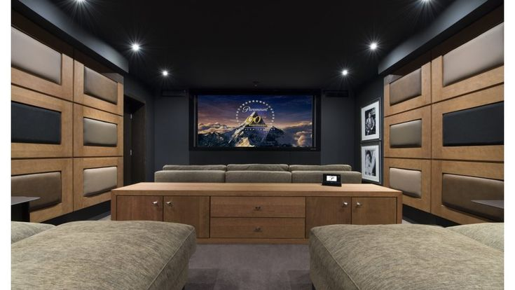 Le Petit Palais - Book this Fully Staffed luxury Chalet in Courchevel 1850, France through Ski In Luxury. Features cinema, gym facilities, hot tub, sauna, ski in ski out, steam room, swimming pool and fireplace.
