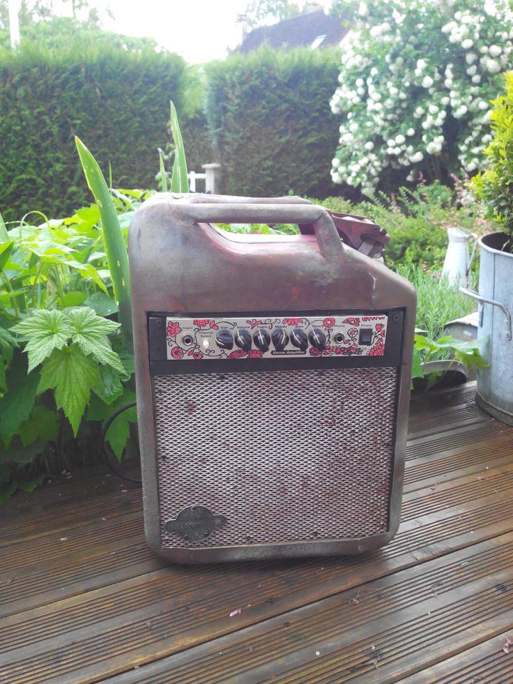 Ampli guitare jerrican essence- recylcé- Guitar amp fuel tank recycled