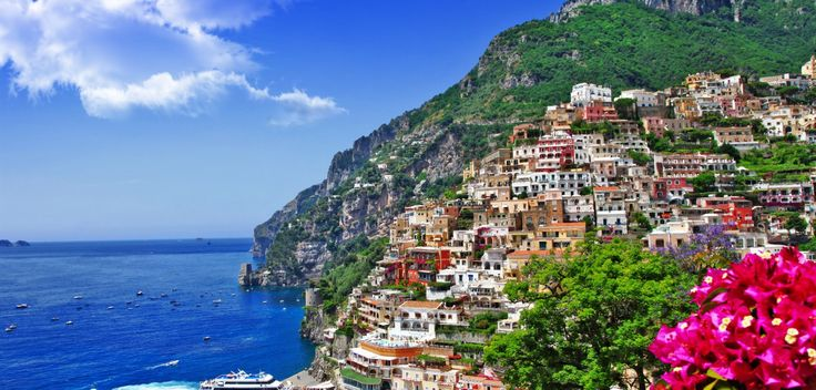 Campania, Italy - Book a berth for your boat with MarinaReservation.com.