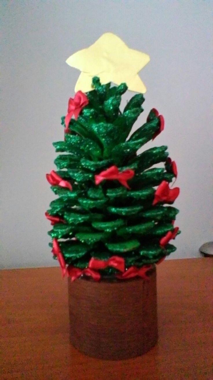 Árvore de natal com pinha