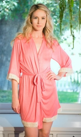 the Emily robe!! I finally found it!!!!