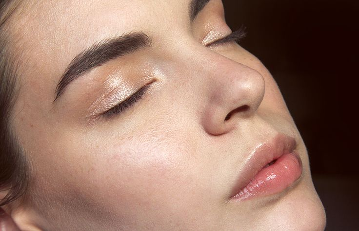 Marc Jacobs Twinkle Pop Eyeshadow Stick in Honey Bunny   Killer Colours   Bloglovin'