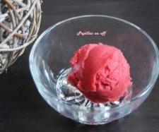 Recette Sorbet à la fraise de Carpentras sans oeufs (spécial allergique) par Papilles-on-off - recette de la catégorie Desserts & Confiseries