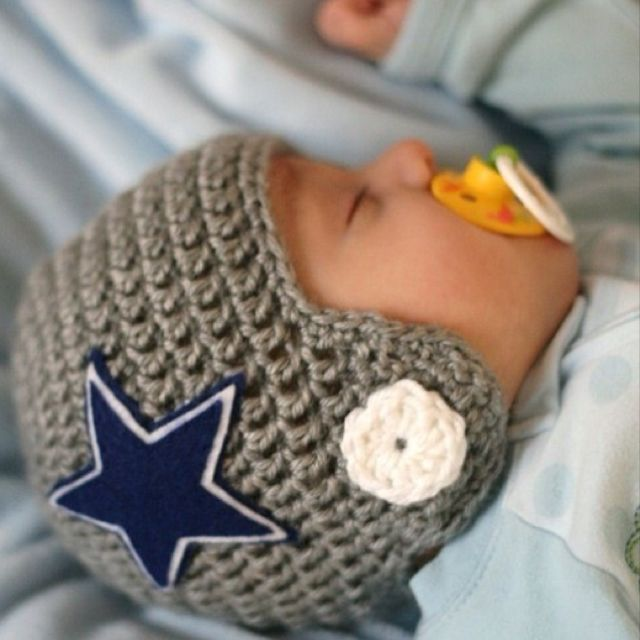 for football fans: Baby Helmet, Ideas, Babies, Football Helmets, Cowboys Baby, Dallas Cowboys, Baby Boys, Baby Hats, Kid