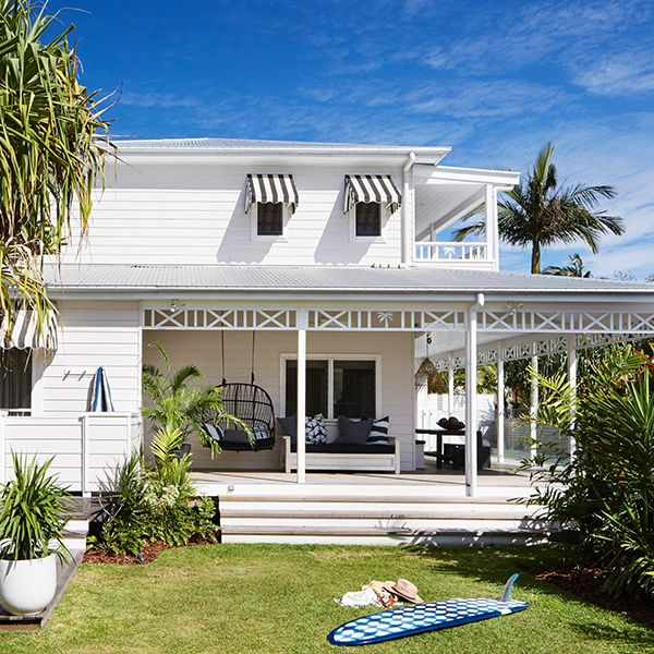 Four open plan beach houses on one property means there's loads of spaces for all of our guests to enjoy. You can pull up a chair under a palm tree or soak up the sun by the pool. Cook up a feast in the kitchen or roll out your yoga mat in our tropical gardens for an early morning stretch.