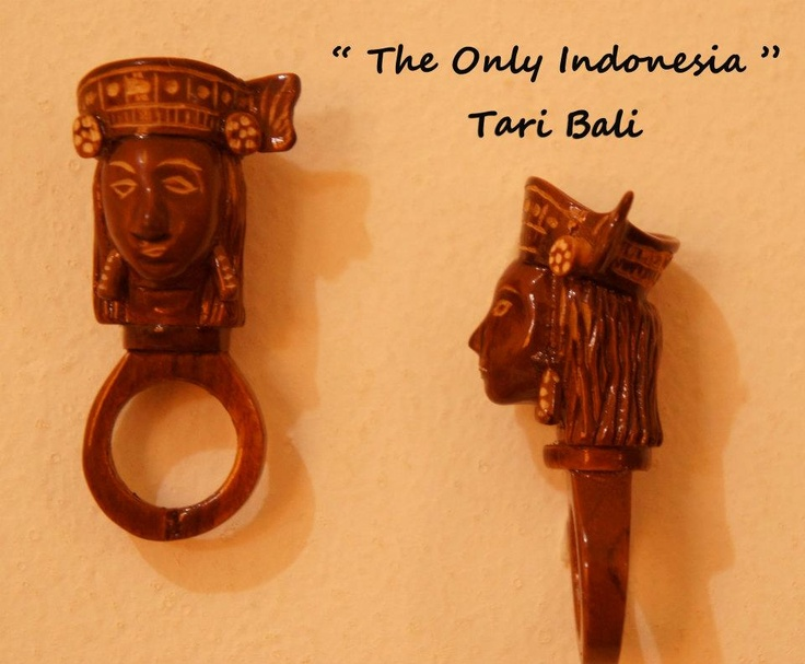 """Tari Bali"" - Design accessories andrauni valentina nganduh. Inspiration from culture Indonesia"