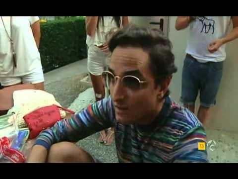 """Programa de Antena 3 """"Comer Amar Beber"""", grabado en Camping Armanello (Benidorm), Camping Oficial del Festival Low Cost 2011 y 2012, para conocer la forma de vida de los Lowers durante el festival"""