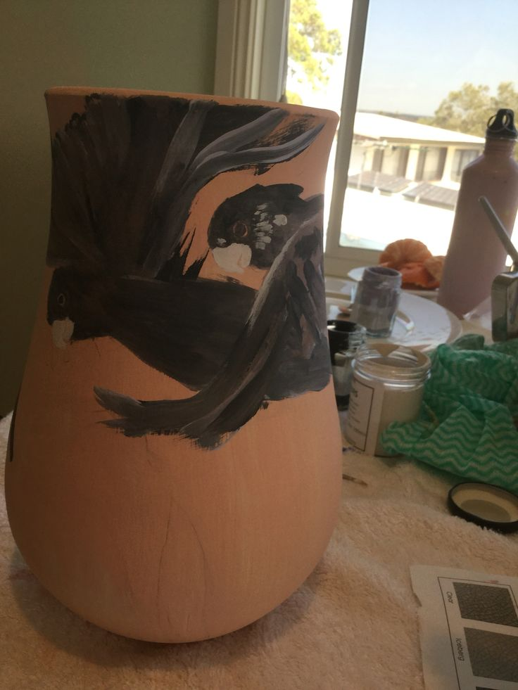 Painting on Marion Stehouwer's pottery our collaboration 'SHE POTS,I PAINT'