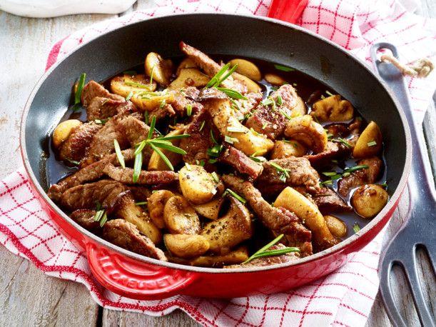 Unser beliebtes Rezept für Rindergeschnetzeltes mit Balsamico-Pilzen und mehr…