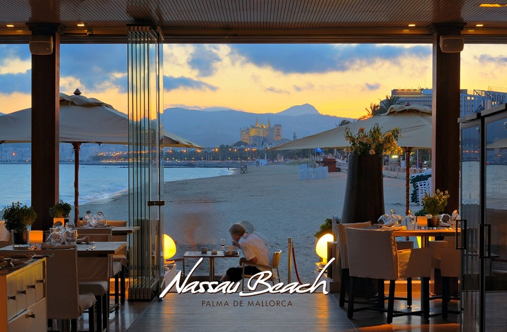 Nassau beach, Mallorca Amazing location and very tasty dinner!!!