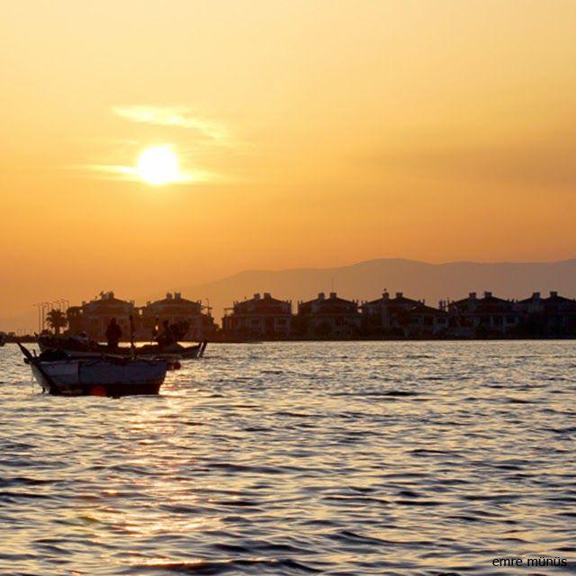 Emre Münüs: Güne Veda - İzmir
