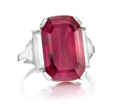 VAN CLEEF AND ARPELS DIAMOND ENGAGEMENT RINGS 2014 | Van Cleef & Arpels Art Deco Ruby and Diamond Ring – photo via FD ...
