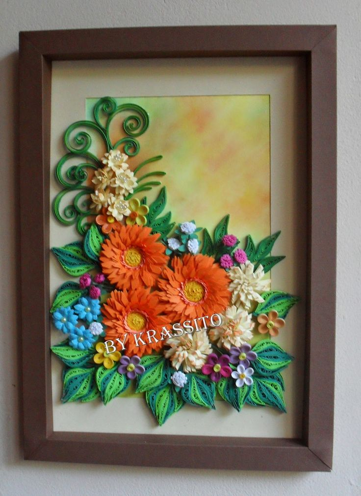 Pin by urvashi nenawati on craft and design pinterest for Paper quilling work