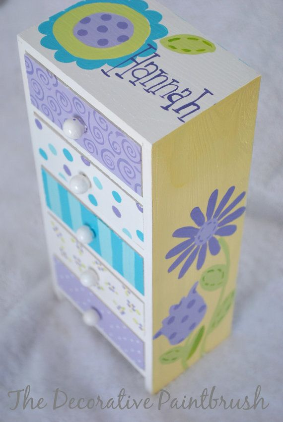 Painted Jewelry Box Personalized Gift Flower por TheDecorativeBrush, $27.00
