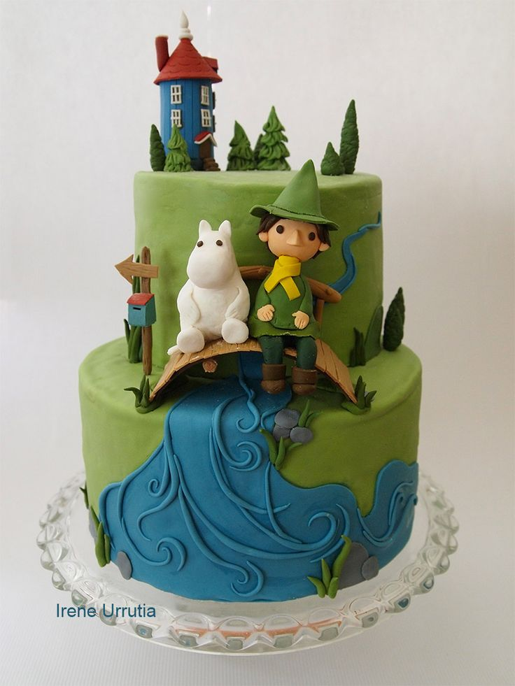 Moomin cake! Edible Snukfin, Moomin and Moominhouse :). Pastel de Moomins! Snufkin, Moomin y la casa Moomin comestibles :)