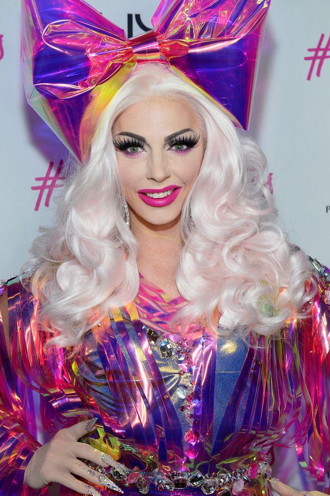 Alyssa Edwards Photos Photos - Television personality Alyssa Edwards arrives at the NYX Professional Make Up store opening at the Miracle Mile Shops at Planet Hollywood Resort & Casino on May 19, 2017 in Las Vegas, Nevada. - NYX Professional Makeup Store Miracle Mile Shops Opening Meet & Greet with Alyssa Edwards & @nikita_dragun