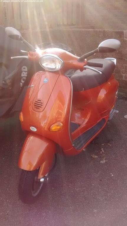 PIAGGIO VESPA 125 cc ET4 125cc - http://motorcyclesforsalex.com/piaggio-vespa-125-cc-et4-125cc/