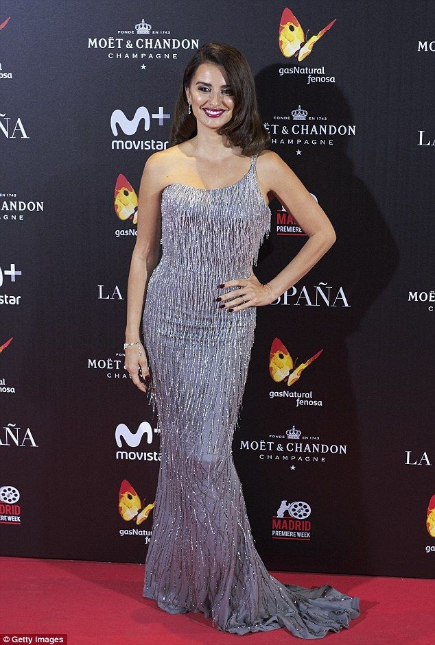 Stunning: Penelope Cruz was dazzling at the La Reina de Espana premiere at Callao City Lig...