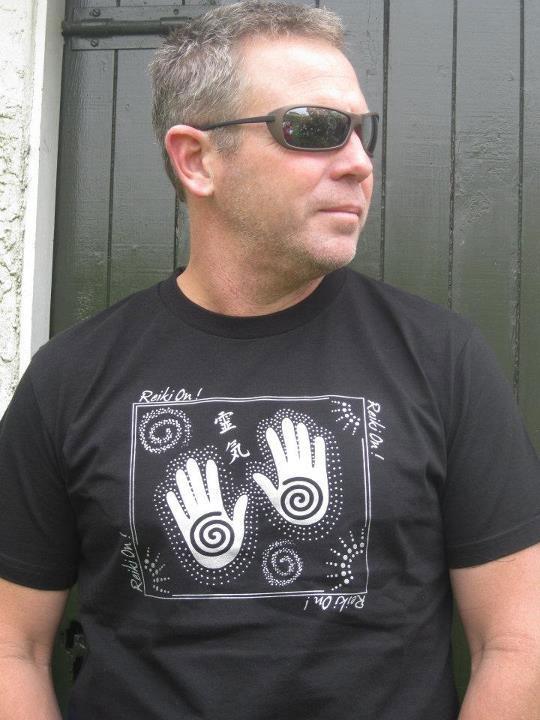 T Shirts : Reiki On!