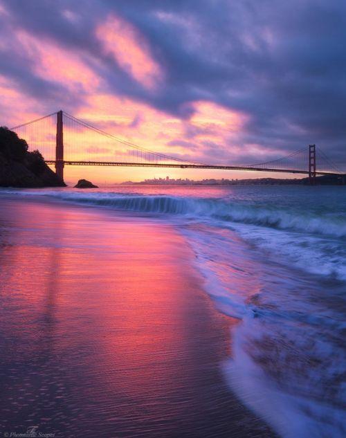 Sunset beach in San Francisco, CA, USA