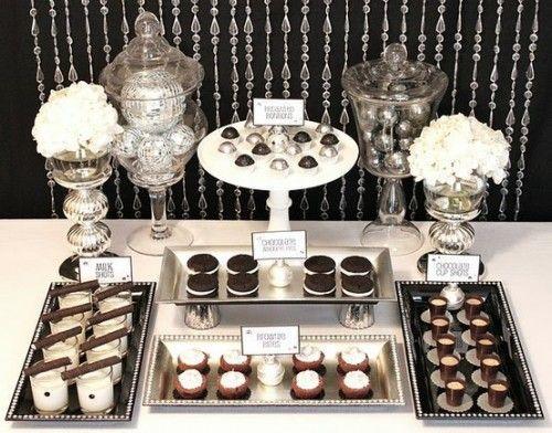 Decoraciones para bodas en blanco y negro: mesa dulce