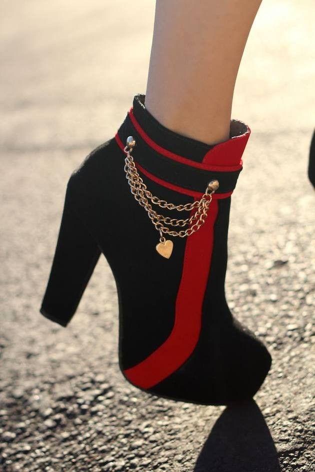 Colorblock High Heels - Black