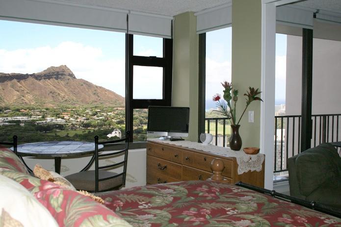 Waikiki Vacation Rentals-Hawaii Vacation Condo-Waikiki Beach