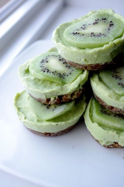 Key Lime Tarts / Dairy & Gluten Free, Raw, No Refined Sugars
