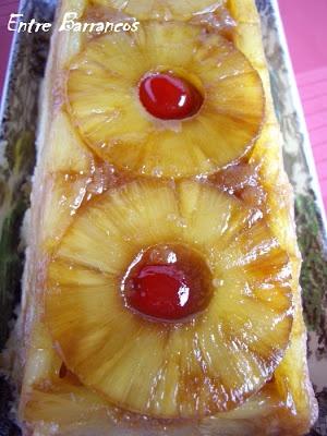 Tarta-bizcocho de piña en el microondas (Hacer con relleno de pudin)