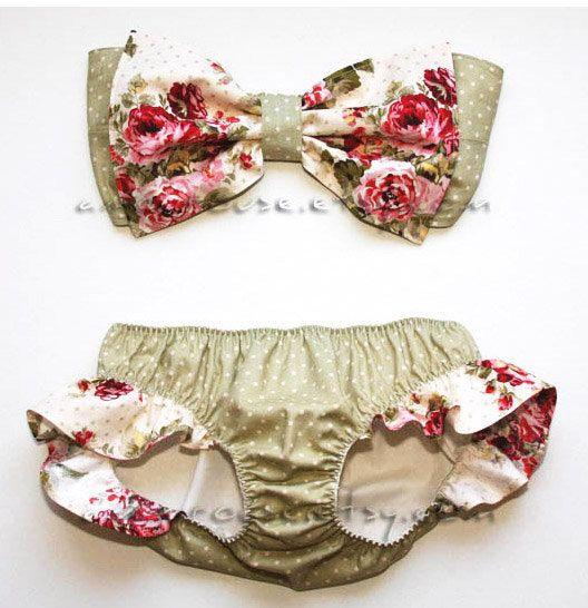 Garden and Dots Print Bow Bandeau and Bikini with Hip Ruffle