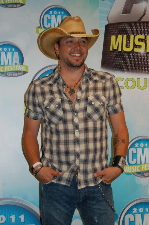 jason aldean.: Eye Candy, Country Boys, Country Music, Eyec Was, Hot, Boyjason Aldean, Country Men, Country Boyjason, Sexy Guitar