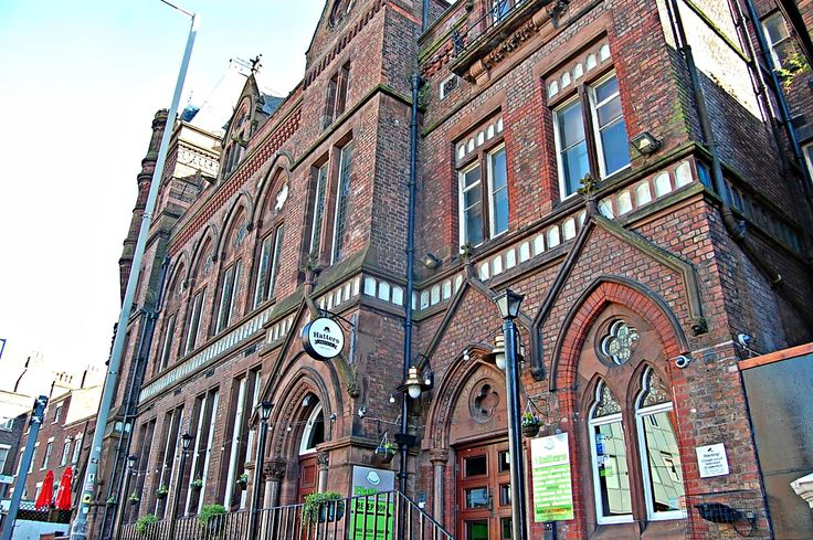 I stayed with Hatters Hostel Liverpool when I was in Liverpool for my first time. My stay was comfortable and enjoyable. I had a great time.