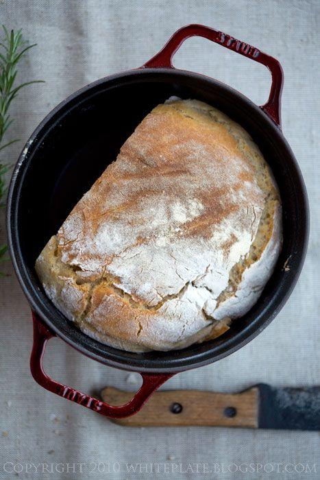 Pracownia Wypieków: Pszenny chleb z rozmarynem, na zakwasie