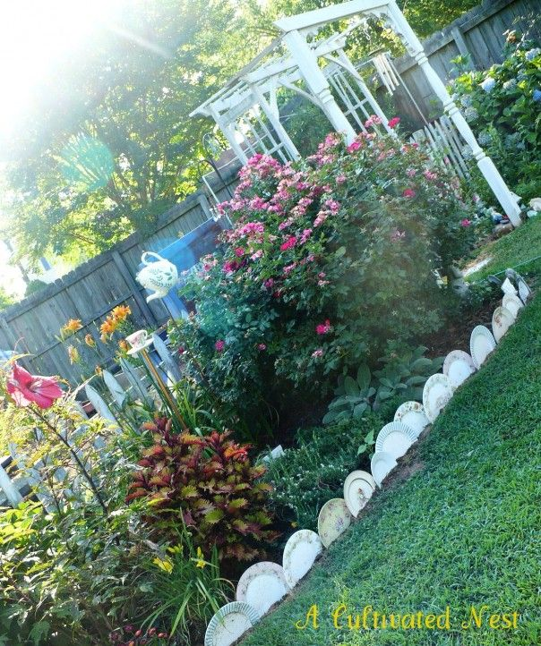 17 best fences and borders images on pinterest landscaping flower garden bed edging ideas gardening tips solutioingenieria Gallery
