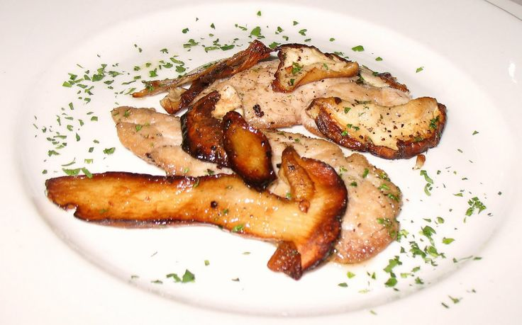 Sweetbreads with mushrooms