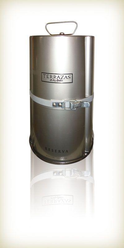 Tripack, envase de hojalata de Establecimientos Metalúrgico GCD S.R.L. distinguido con el Sello de Buen Diseño argentino 2011.