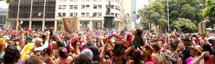 """Desfila no domingo, dia 3, às 10h, no Centro. O bloco fica concentrado no Largo de São Francisco de Paula, em frente ao Instituto de Filosofia e Ciências Sociais (IFCS) da UFRJ. Sucessos do cancioneiro """"brega"""" ganham cara nova em ritmos como samba, funk, marchinha, xote, maracatu e ciranda.Além do cantor Wando, homenageado no nome...<br /><a class=""""more-link"""" href=""""https://catracalivre.com.br/rio/agenda/barato/fogo-e-paixao/"""">Continue lendo »</a>"""