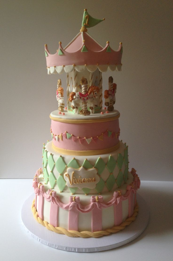 Cake Decorating Carousel : 1000+ ideas about Carousel Cake on Pinterest Carousel ...