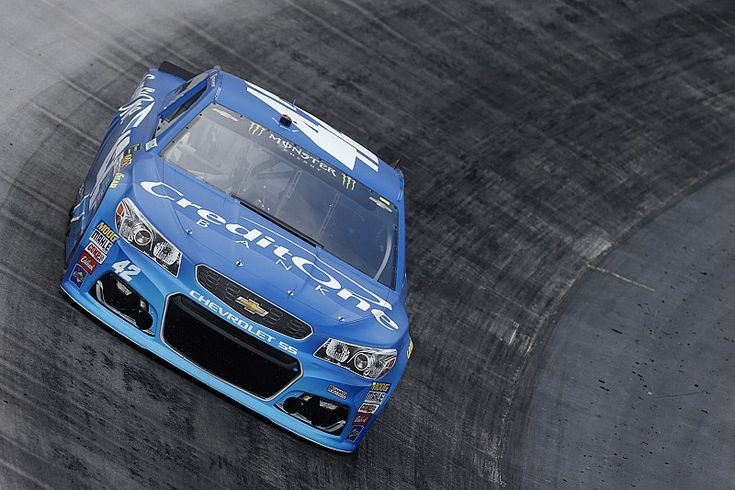 Kyle Larson dominated the first stage of the Food City 500.