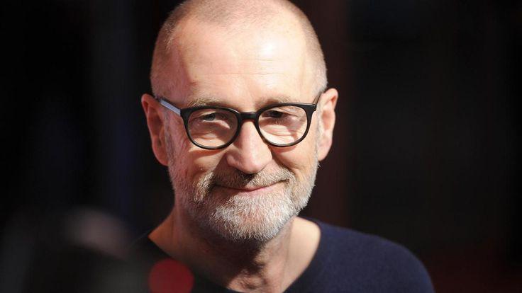 """Peter Lohmeyer spielt in """"Mörderische Stille"""", dem ZDF-Thriller von Friedemann Fromm (""""Weißensee""""), einen Ex-KSKler, der von seiner Schuld heimgesucht wird. Ein Gespräch über Segeln, Tod und Theater."""