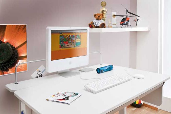 Optimális íróasztalok  http://www.mollbutor.hu/