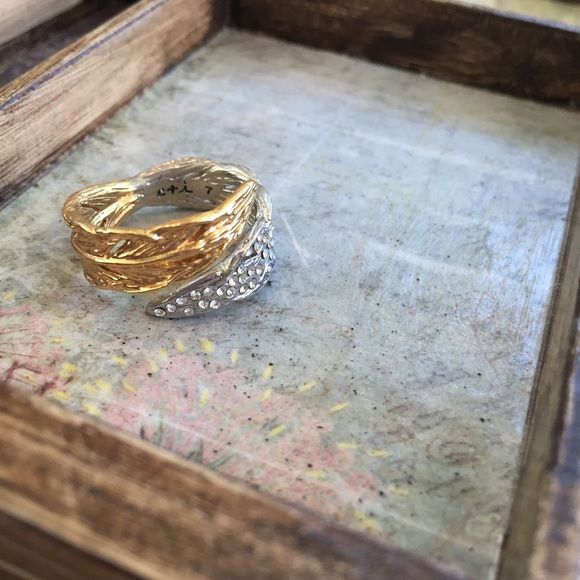 C+I   Two-Tone Feather Wrap Ring ••Part of my C+I sample sale••  Two-tone is twice as nice in this feather wrap ring. Refined pavé + delicate feather details define bohemian glitz in this day-to-day basic. 12k shiny gold, shiny rhodium-plated. nickel-free. SIZE 7.  {{Price reflects missing stones, minimal wear}} Chloe + Isabel Jewelry Rings
