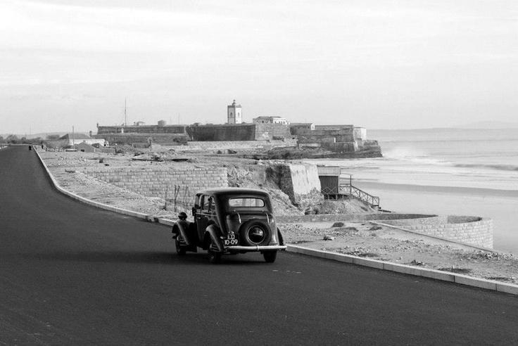 Portugal 1944  Carcavelos, Avenida Marginal acabada de asfaltar.