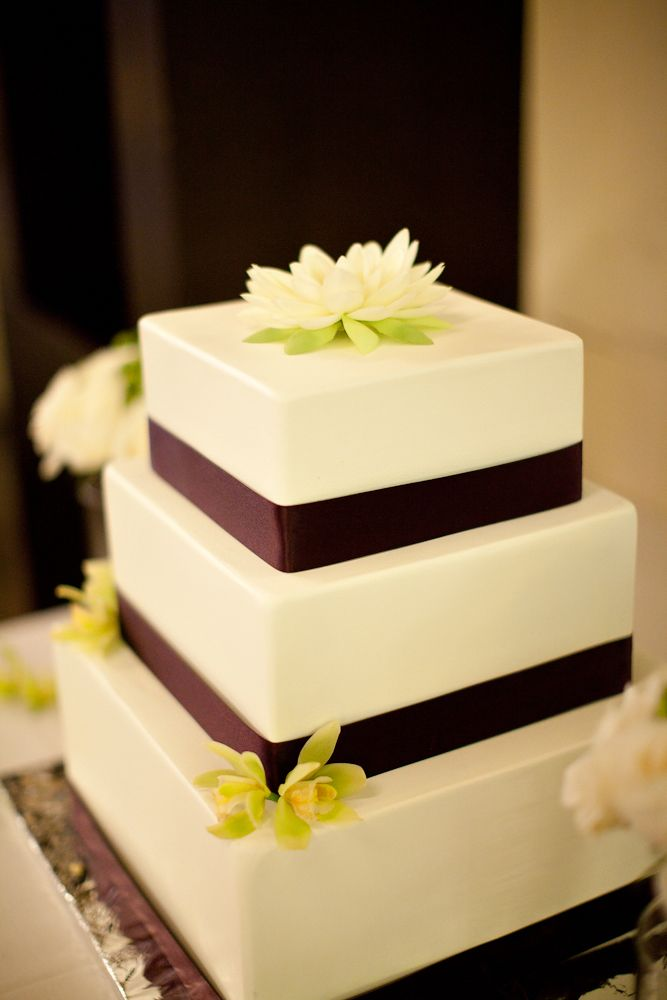 fake cake for wedding best 25 wedding cakes ideas on wedding 3975