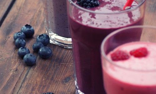 http://www.turnonyourcreativity.com/recipes/strawberry-yoghurt-smoothie
