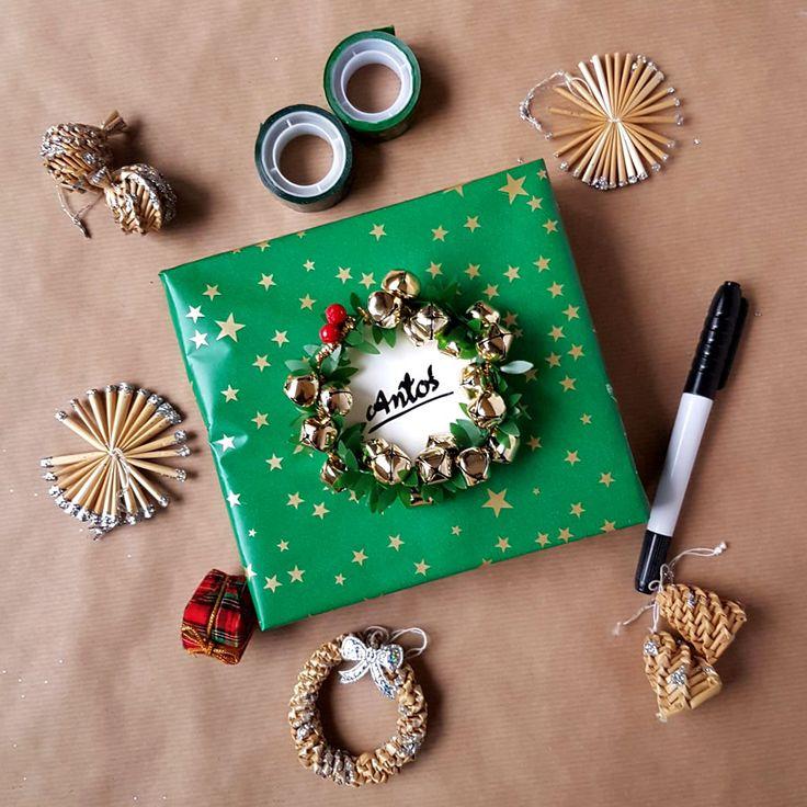 kreatywne pakowanie prezentów [creative gifts wrapping - wreath and bells]