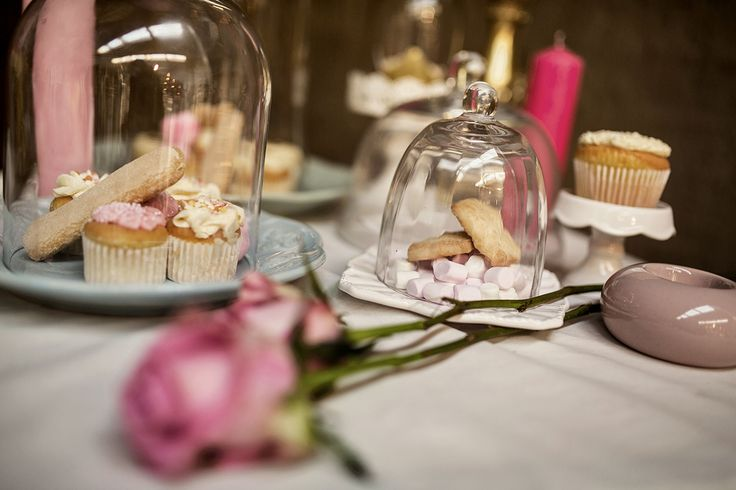 Eats and treats give the theme its Marie Antoinette touch. Lady fingers, cupcakes.