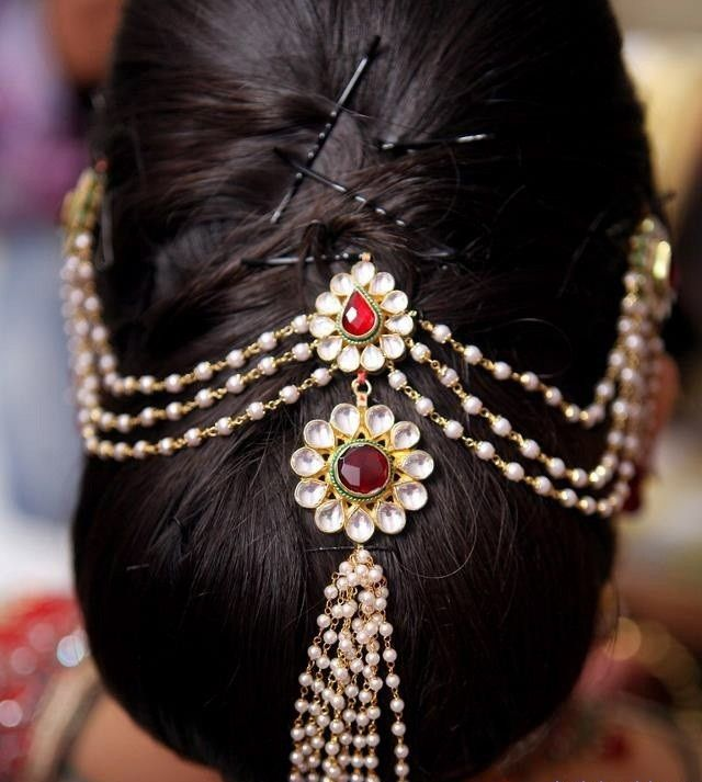 Pre #Bridal Grooming #Tips: Be the Cynosure of All Eyes on Your #Wedding - Go through these tips to shine on the most important day of your life. Read on!