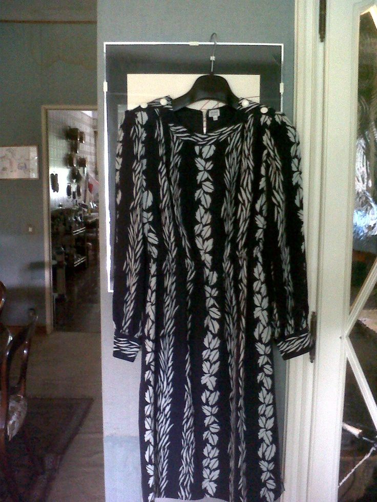 Cocktail black and white dress (with typical 70s polettes) (not available)