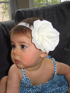 DIY Baby Headbands...if I ever have a little girl, Im definitely putting junk like this on her head, hahaha.